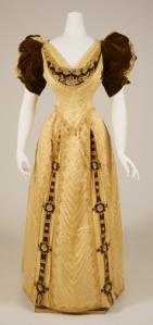 1890sballgown