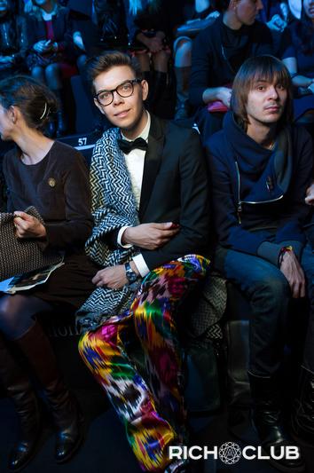 Тим Ильяов в брюках от Yekaterina Ivankova