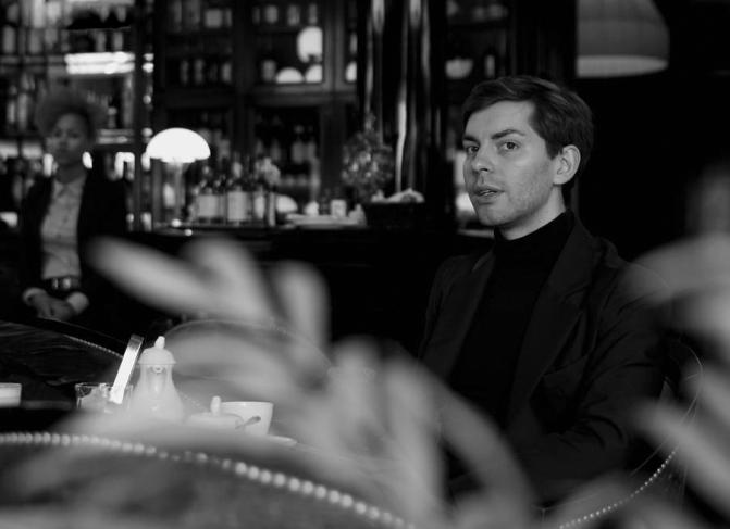 ЛЕОНИД-АЛЕКСЕЕВ_ДИЗАЙНЕР_интервью_коллекция_купить_сайт_цена_фото-4