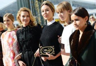 Наталья Водянова, Ульяна Сергеенко, Вика Газинская, Мирослава Дума